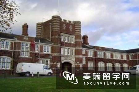 英国普利茅斯大学优势吗?